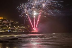 fireworks harbour 300x200 - New year celebrations in Newquay